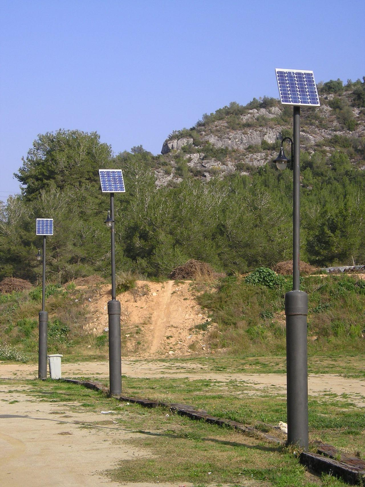 Public lighting using photovoltaic energy