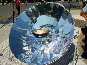 Applications of solar thermal energy